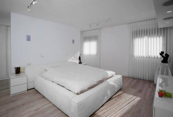 פרקט למינציה איכותי בחדר השינה