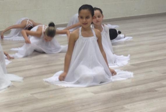 פרקט למינציה איכותי בסטודיו לריקוד