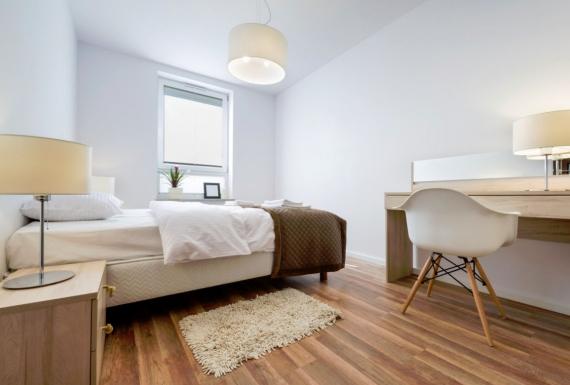 פרקט מעץ לחדר הורים