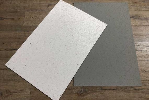לוחות שעם נעיצים בצבעים אפור ולבן
