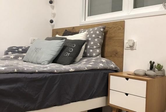 רצפת פרקט למינציה גרמני בחדר שינה